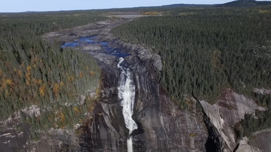 churchill-falls-top