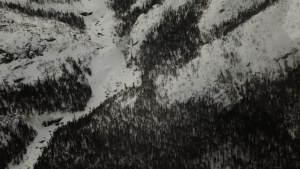 churchill-river-zoom-in-winter