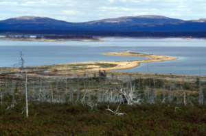 innu-1995-ptarmigan-point-lake-michikamats