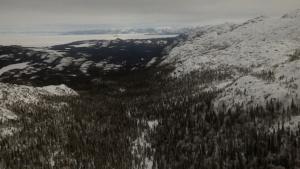 innu-land-winter-sky-view
