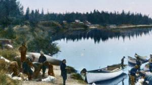 archive-innu-canoe-village-fishing