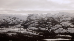 innu-land-winter-top-mountains